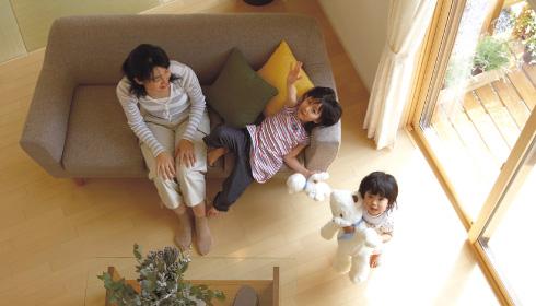 優れた断熱性と気密性で、最新の省エネ基準をクリアする一年中快適な住まい