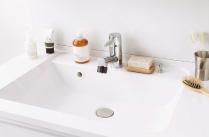 デザイン性と機能性を備えた洗面ドレッシング04